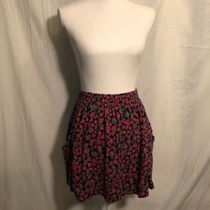 Urban Outfitters Brand: Trafaluc mini Skirt
